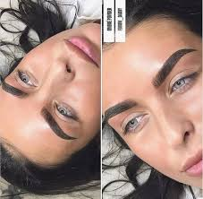 new york united states august 8 2018 marketersa permanent makeup extraordinaire brow daddy who goes by ruben kasper when he s not teaching