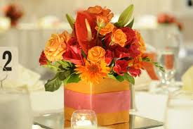 Wedding Reception Arrangements For Tables Timikas Blog We Offer Traditional Or Modern Wedding Cakes Made To