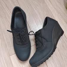 Ботинки женские с каблуком – купить в Москве, цена 1 990 руб ...