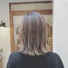 浦川 由起江さんのヘアスタイル 切りっぱなし 切りっぱな Tredina