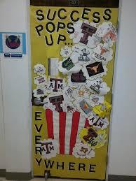 door decorations college