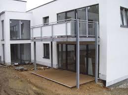 Professionelle stahlbalkone vom zertifizierten stahlbaubetrieb zur montage ohne kran. Metall Stahlbau Kronenberg Balkonanlagen