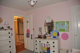 best paint for wood furnitureDIY Spraypainting Wood Furniture  Effortless Style Blog
