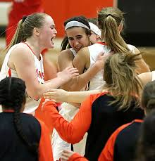 DiOrio's free throws help St. Charles East sink West Aurora