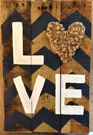 diy wood pallet signs. wood-pallet-sign-love diy wood pallet signs