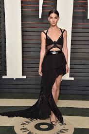 lily aldridge vanity fair 2016 vestido preto recortes moda noite.
