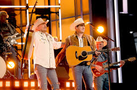 alan jackson jon pardi s 2018 acm awards performance tahoochee watch billboard