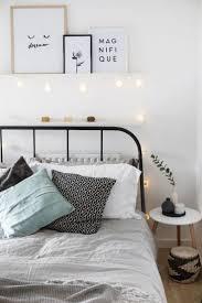 Small apartment bedroom decor ideas (18