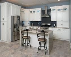 Shaker Kitchen Cabinet Plans Kitchen Off White Shaker Kitchen Cabinets 1000 Images About