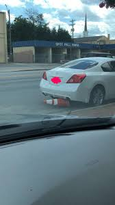 A classic Nashville Altima parking job : nashville