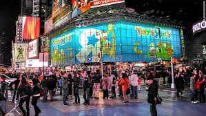 Flagship Toys 'R' Us store in Times Square is closing - Mar. 18, 2015