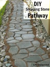 Diy Stepping Stones Life Unexpected Diy Stepping Stone Pathway