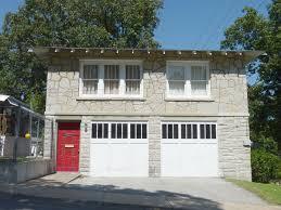 Bonnie Clyde Garage Apartment Wikipedia Garage Apartments Rent Dallas Tx
