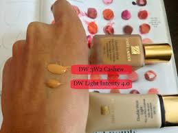 Estee Lauder Double Wear Light Foundation Intensity 3 0 Estee Lauder Double Wear Vs Double Wear Light Foundation