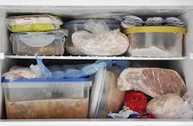 Tìm hiểu nguyên nhân và cách khắc phục tủ lạnh bị chảy nước