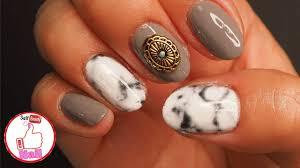 100均キャンドゥ しずく ネイルシール簡単大理石ネイル 夏にも秋にも1年中使えます