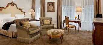 3 Bedroom Suites In New York City Impressive Design