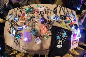 All The Hardware <b>Badges</b> Of DEF CON 25 | Hackaday