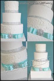 Stylish Turquoise Wedding Cake Playing Wedding Planner