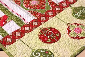 Christmas Table Runner Patterns Amazing Table Runner NEW 48 XMAS TABLE RUNNERS PATTERNS