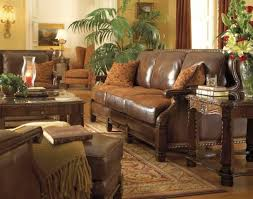 Tuscan Living Room Colors Tuscan Living Flower Vases On The Top Tuscan Living Room Brown