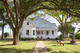 Small Picture Adorable Americana Home Decor Finds Country Home Decorating Ideas
