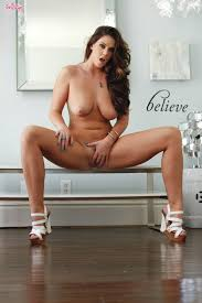Alison Tyler gets exposed and aroused while playing with From.
