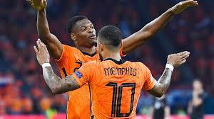 Die niederlande und österreich gehen mit drei punkten aus dem ersten spiel in ihr direktes duell in amsterdam. Nbetzpjd7a0lqm