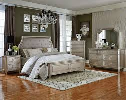 Great Windsor Silver Bedroom Set