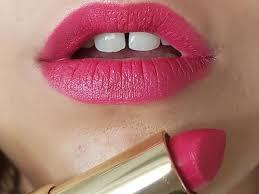 9 prettiest red toned pink lipsticks