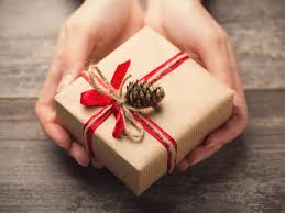 bad gift giver guide 7 ways to give better gifts