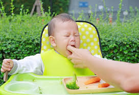 baby vomiting mucus causes prevention