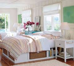 Small Cottage Bedrooms Cottage Style Headboard Wowicunet