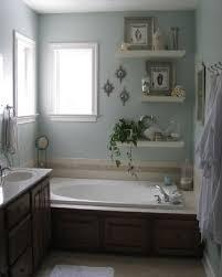 Decorating Ideas For Bathroom Walls Inspiring well Bathroom Wall