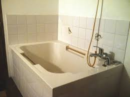 imersa deep soaking tub traditional style