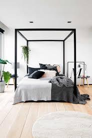Möbel Ideen Schlafzimmer Modern Bett Schwarzer Himmelbett Rahmen