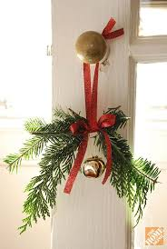 cheap christmas decor: doorknob hangers   last minute diy christmas decorations that are easy cheap  f