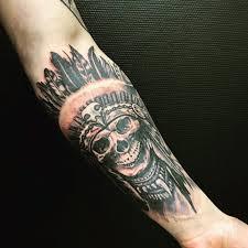 фото татуировки в стиле реализм на предплечье парня фото рисунки
