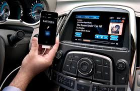 A closer look at GM's MyLink and IntelliLink - Roadshow