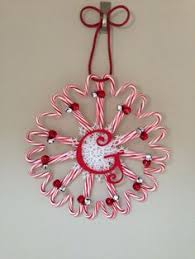 DIY CandyCane Wreath  Make Something MondaysCandy Cane Wreath Christmas Craft