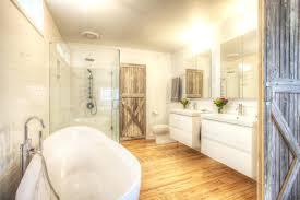 Bad Im Landhausstil Badezimmer Par Excellence Auf Exquisit Bilder