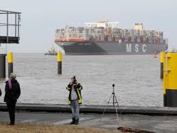 Im april 1956 fuhr das erste containerschiff von new jersey nach texas. Schifffahrt Grosstes Containerschiff Der Welt In Bremerhaven Maz Markische Allgemeine