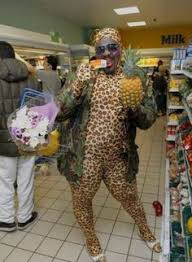 normal walmart shoppers.  Shoppers WalMart Shoppers In Normal Walmart R