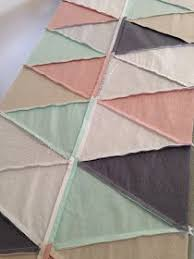 How to Sew with Isosceles Triangles. Tips for a triange quilt ... & MsMidge: An Isosceles Puzzle - Tips for Making a Triangle Quilt Adamdwight.com