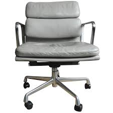 eames soft pad chair in light gray leather on wheels for herman miller for