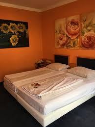 plastic mattress cover. Novum Hotel Arosa Essen: Plastic Mattress Cover, Uncomfortable Mattresses And Pillows, Garish Decor Cover