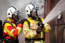 Masukkan juga jumlah kata dan atau huruf yang sudah diketahui untuk mendapatkan hasil yang lebih akurat. Soal Pencegahan Dan Penanganan Kebakaran Belajarlah Dari Inggris Halaman 1 Kompasiana Com