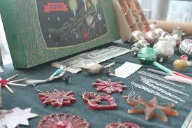 Weihnachtlich Dekoriert Ausstellung Im Rodinger Rathaus