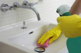 cleaning bathroom sink