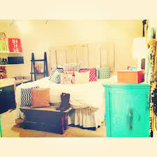 Cute Apartment Bedroom Decorating Ideas College Apartment Bedroom  Mixingmatching Colors And Patterns In